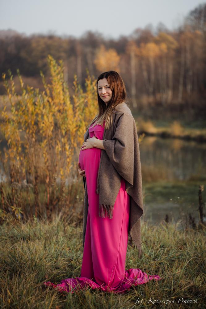 Jesienna sesja ciążowa w plenerze Kraków