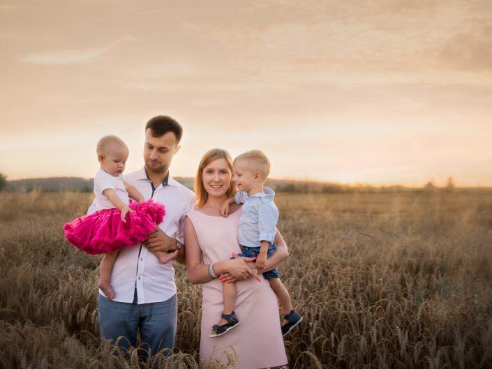 Sesja rodzinna – Pola + Igor, Brzoskwinia Ogród